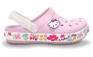 Hello-Kitty-Kids-Crocs